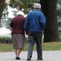Vláda avizuje zvyšovanie veku odchodu do penzie
