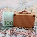 Zbytočne predražená: 5 najčastejších chýb, ktoré vás počas dovolenky pripravia o peniaze