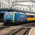 Cestovn� poriadky vlakov sa od dne�n�ho d�a upravuj�