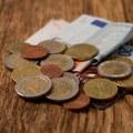 Dobrá správa pre ekonomiku: Takmer 40 % Slovákov si myslí, že budú schopní tento rok sporiť