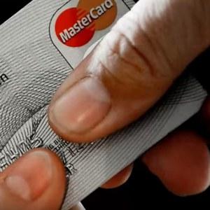 Biometria v praxi: Čítačka odtlačkov prstov priamo na platobnej karte