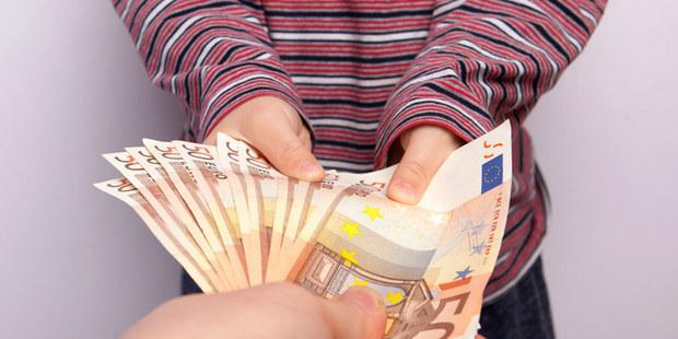 Začínam zarábať a plniť si sny: Ako správne naložiť s príjmom, aby sa vám finančné zlozvyky časom nevypomstili