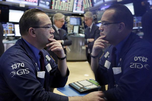 Život na Wall Street: Ak Trump odstúpi, na akciovom trhu môže dôjsť k nárastu o 1000 bodov