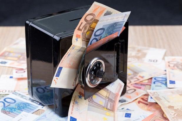 Ke� sa v�m z ��tu za�n� str�ca� peniaze: Ekonomick� peklo zaplat�me v�etci