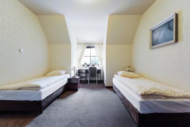 Lacnejšie ubytovanie: Aj vďaka Buffettovi bude váš účet za hotelovú izbu už čoskoro nižší