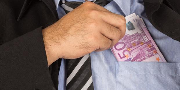 Radik�lny n�pad ekon�ma: S korupciou sa d� skoncova� celkom jednoducho